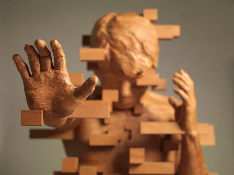 Brilliant Pixelated Wood Sculptures by Artist Hsu Tung Han